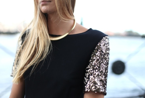Tuula blog - gold sequin sleeves and palazzo trousers